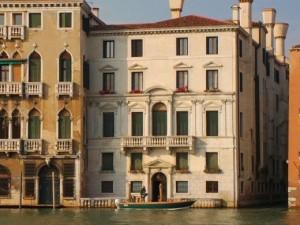 Palazzo%20Smith%20Mangilli%20Valmarana[1]